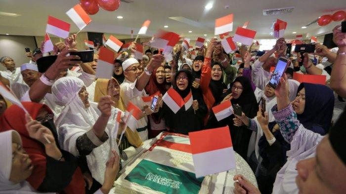 Jemaah haji Indonesia gelar lomba 17-an di Hotel Rizq Palace, Makkah, Sabtu (17/8/2019).