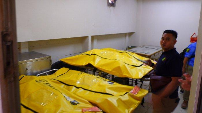 Jenazah korban kecelakaan tol cipularang di RS MH Thamrin Purwakarta yang belum teridentifikasi