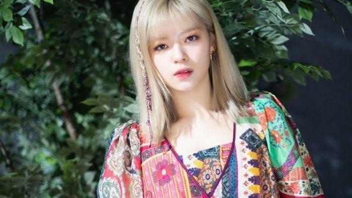 Setelah Mina, Kini Jeongyeon yang Hiatus karena Anxiety, TWICE Lanjutkan Promosi dengan 8 Member
