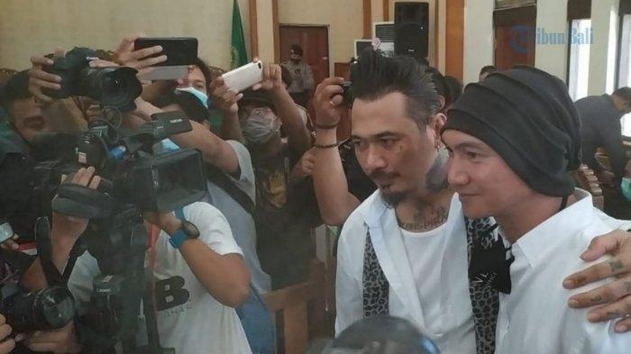 Anji dan Jerinx di PN Denpasar, Kamis (19/11/2020)