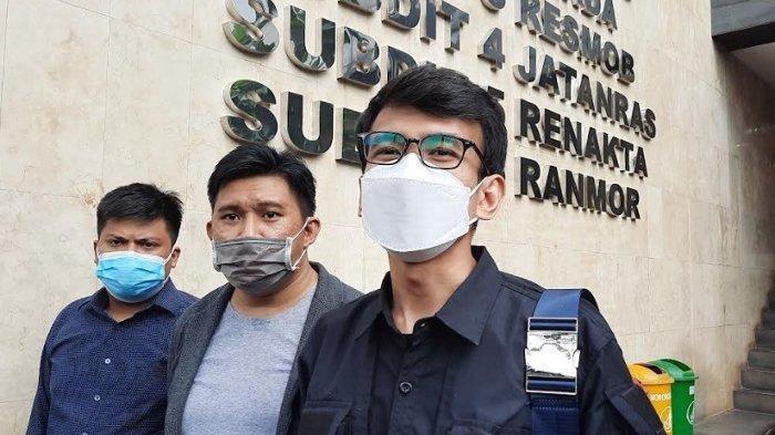 Serahkan Bukti Rekaman ke Polisi, Adam Deni Bongkar Isi Ancaman dari Jerinx SID