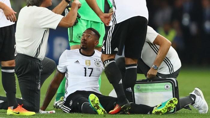 Jerome Boateng terluka