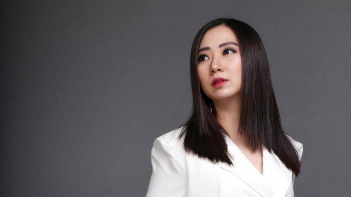 Dari Bisnis Kosmetik, Jessica Lin Cetak Omset Miliaran Rupiah