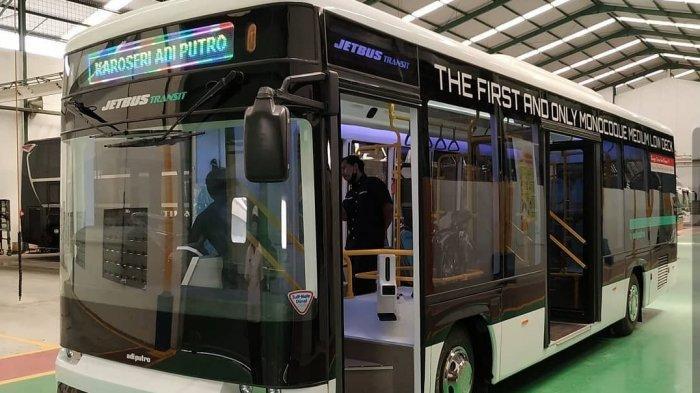 Jetbus Transit, Bus Kota Medium Terbaru dengan Sasis Monokok dari Karoseri Adi Putro