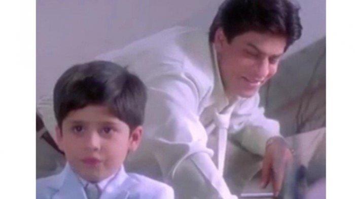 Jibraan Khan Anak Shah Rukh Khan di Kabhi Khushi Kabhie Gham Ultah ke-27, Lihat Foto-fotonya Terkini