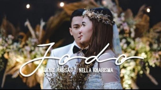 Download Lagu Jodo - Dory Harsa feat Nella Kharisma, Lengkap dengan Lirik dan Video Klipnya