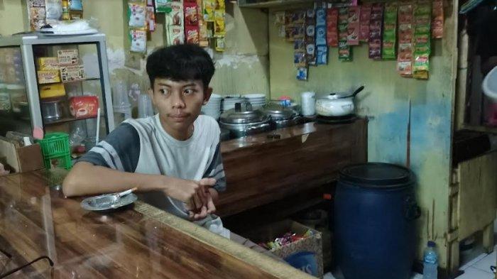 Pemilik Warkop Tidak Setuju Keputusan Jokowi Perpanjang PPKM Darurat
