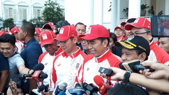 Presiden Jokowi usai melepas Kontingen Indonesia yang akan mengikuti SEA Games ke-30 Filipina tahun 2019 di Istana Kepresidenan Bogor, Jawa Barat, Rabu (27/11/2019) sore.