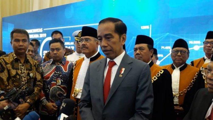 Curhat Presiden Jokowi Soal Akun Medsosnya: Instagram Saya Banyak yang Nawari Obat Penggemuk Badan