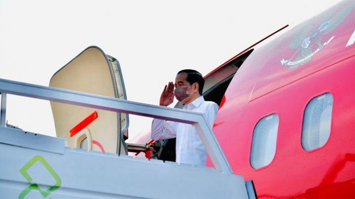 Presiden Joko Widodo (Jokowi) bertolak menuju Provinsi Riau guna melakukan kunjungan kerja, Selasa (28/9/2021). Presiden lepas landas dari Pangkalan TNI AU Halim Perdanakusuma, Jakarta, menggunakan Pesawat Kepresidenan Indonesia-1 sekitar pukul 07.30 WIB.