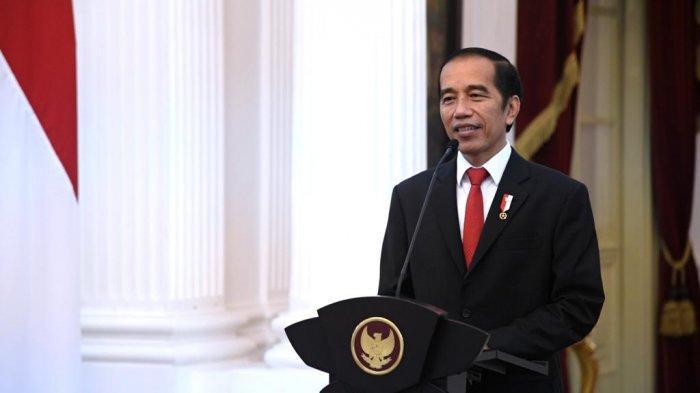 Presiden Joko Widodo (Jokowi) menyampaikan pidato secara virtual dalam acara sidang terbuka Peringatan 100 Tahun Perjalanan Pendidikan Tinggi Teknik di Indonesia, Jumat (3/7/2020)