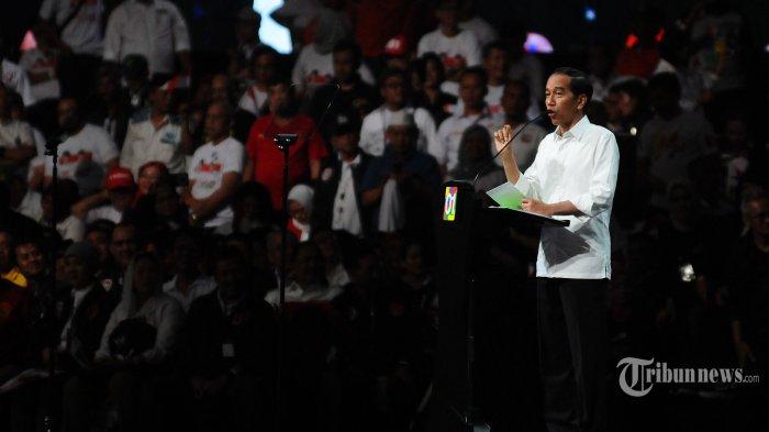 Jokowi Cerita Perjuangan Cari Kerja hingga Peranan Penting Perempuan, TGB Langsung Bereaksi