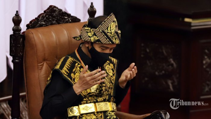 Presiden Joko Widodo saat berdoa disela-sela acara sidang Tahunan MPR dan Sidang bersama DPR-DPD di Komplek Parlemen, Senayan, Jakarta Pusat, Kamis (14/8/2020). Tribunnews/Jeprima