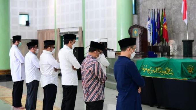 Kenangan Presiden Jokowi pada Mendiang Artidjo Alkostar
