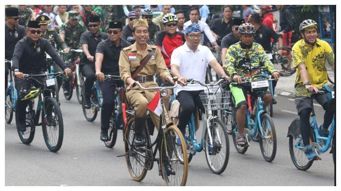 Jokowi Ngaku Grogi Naik Sepeda