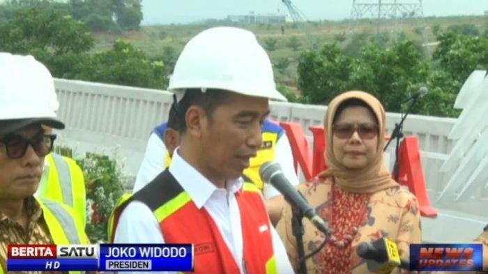 Jokowi Dukung Nadiem Makarim Gantikan UN dengan Asesmen Kompetensi hingga Survei Karakter