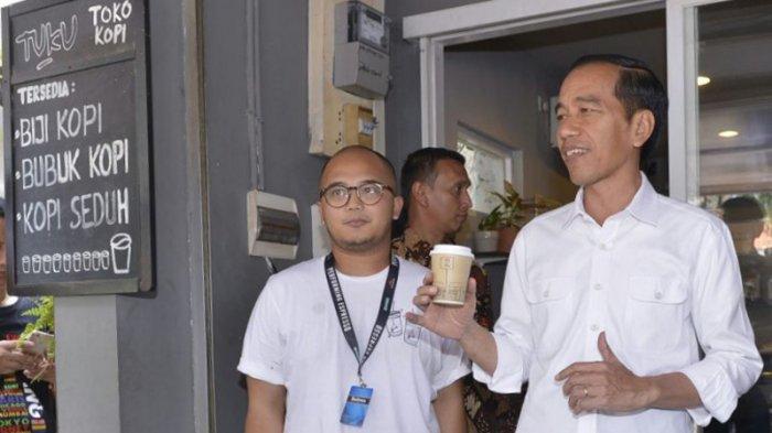 Cerita Pemilik Kedai Kopi yang Ditelepon Ajudan Jokowi Tengah Malam