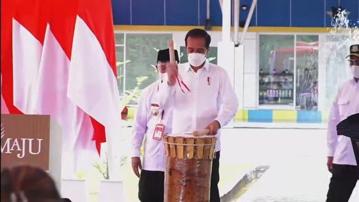 Jokowi Perintahkan Menhub Usahakan Ada Dua Penerbangan Per Pekan di Bandara Kuabang
