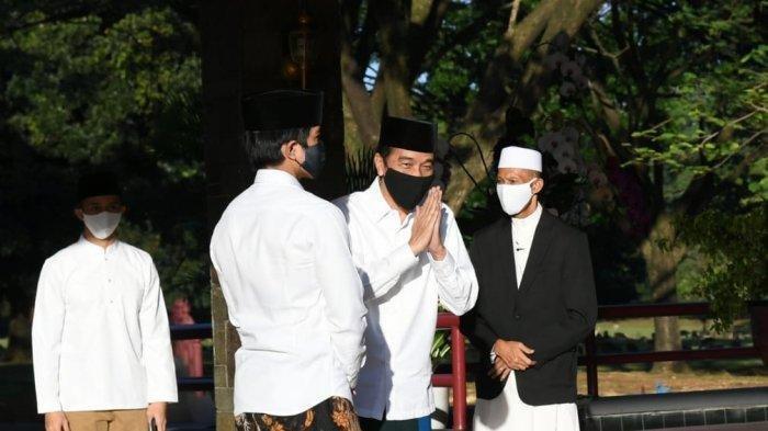 Jokowi shalat Idul Fitri 1441 H di halaman Istana Bogor, Minggu (24/5/2020) (Biro Pers Istana)