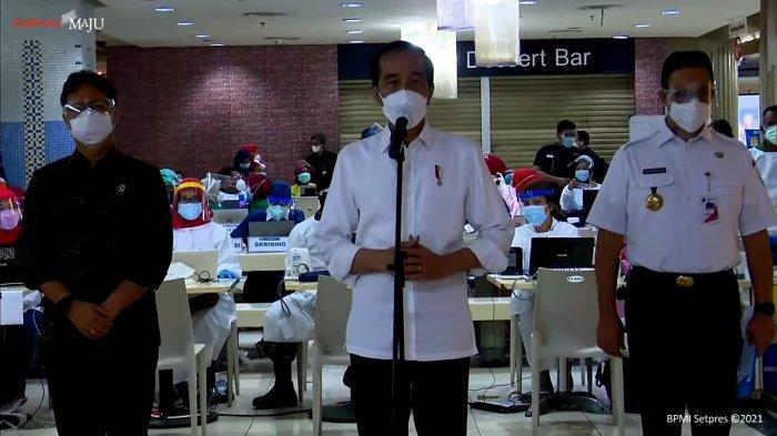 Anies: Per Hari, 1.500 Pedagang Pasar Tanah Abang Akan Disuntik Vaksin Covid-19