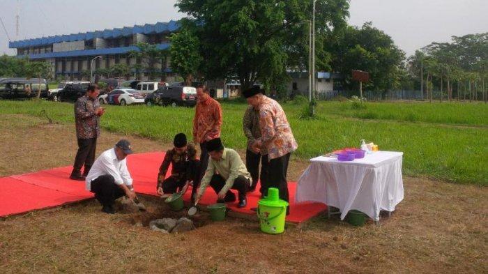 Jokowi Lakukan Peletakan Batu Pertama Pembangunan Universitas Islam Internasional Indonesia