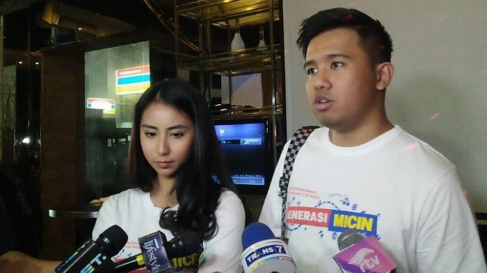 Clairine Clay dan Joshua Suherman ditemui di kawasan Kuningan, Jakarta Selatan, Jumat (12/11/2018).