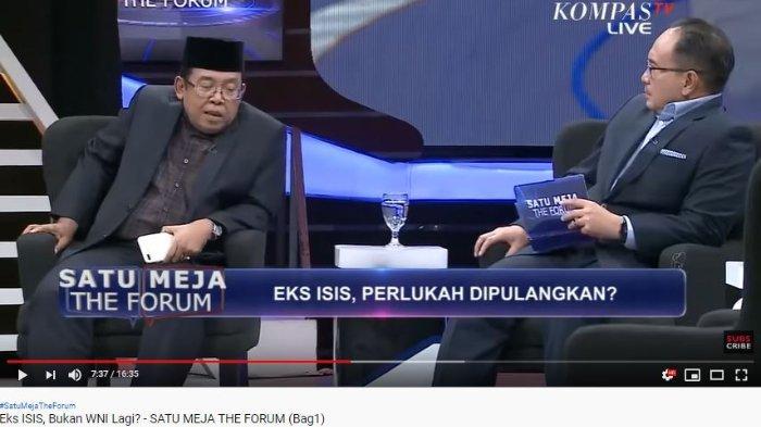 Juru Bicara Wakil Presiden Ma'ruf Amin, Masduki Baidlowi, membahas status kewarganegaraan Warga Negara Indonesia (WNI) mantan anggota ISIS mereka sudah membakar paspor Indonesia. Masduki menegaskan bahwa ISIS bukan merupakan negara.