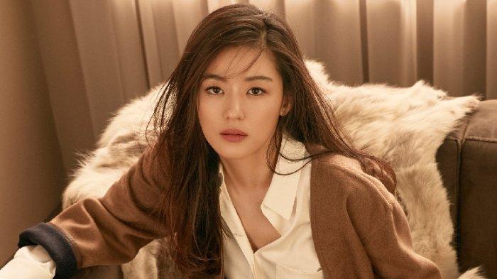 PROFIL Jun Ji Hyun, Aktris Korea Selatan yang Diisukan akan Bercerai karena Suami Selingkuh