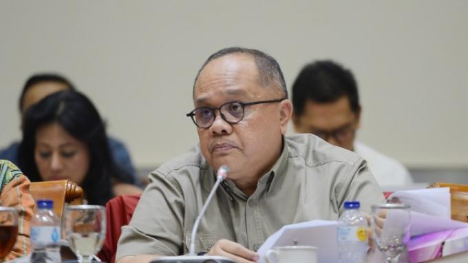 Bantu Warga Terdampak Covid-19, Wakil Ketua Komisi II DPR: Walau Sedikit Tapi Terasa Manis