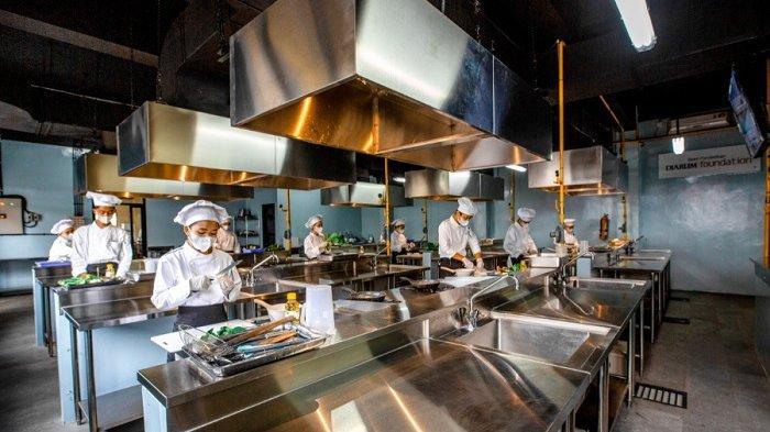 Selain Belajar Masak, Siswa Kuliner SMK PGRI 2 Kudus Dilatih Soft Skills, Jawab Kebutuhan Industri