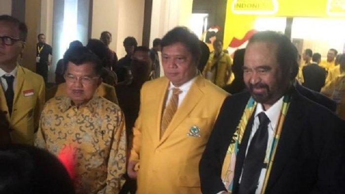 Jusuf Kalla, Airlangga Hartarto, dan Surya Paloh usai perayaan hari ulang tahun (HUT) ke-55 Partai Golkar di Hotel Sultan, Senayan, Jakarta Pusat, Rabu (5/11/2019) malam.