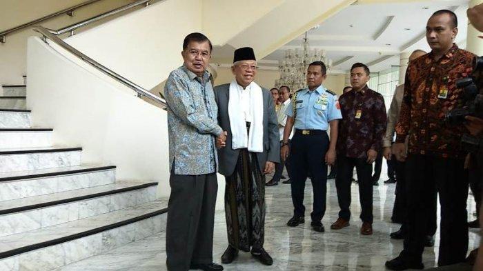 Wakil presiden terpilih Maruf Amin datang memenuhi undangan Wapres Jusuf Kalla untuk berkunjung ke kantor Wapres RI, di Jalan Medan Merdeka Utara, Jakarta Pusat, Kamis (4/7/2019).