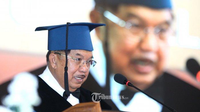 Mantan Wakil Presiden RI, M Jusuf Kalla menyampaikan orasi ilmiah berjudul
