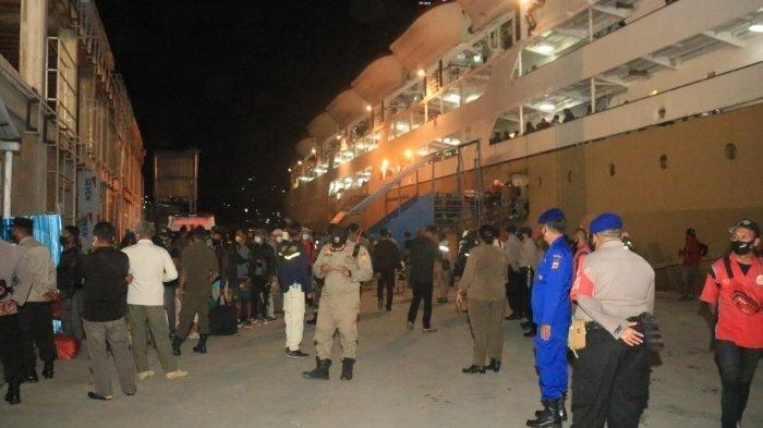 KM Ciremai Jurusan Jakarta-Papua Ternyata Angkut Belasan Penumpang Positif COVID-19