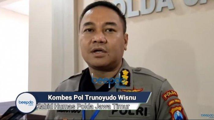 Kabid Humas Polda Jawa Timur, Kombes Pol Trunoyudo Wisnu mengungkapkan pelaku pembakaran mobil pedangdut Via Vallen dikenal oleh masyarakat sekitar lokasi kejadian.