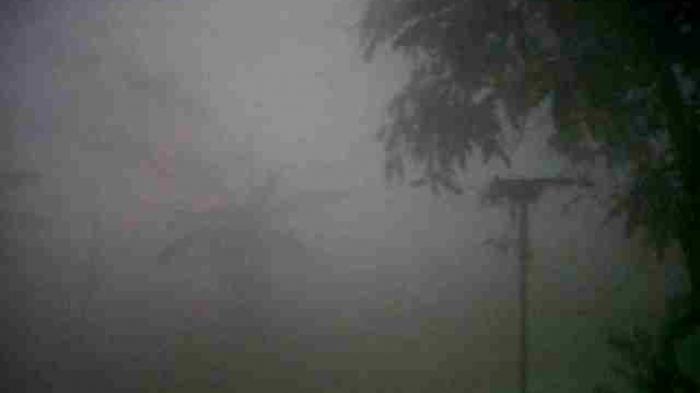 Tebalnya Kabut Asap di Banjarmasin, Jarang Pandang Hanya 10 Meter
