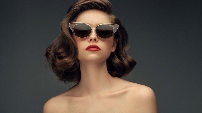 Bentuk Wajah dan 4 Hal Ini Perlu Diperhatikan saat Memilih Kacamata Hitam