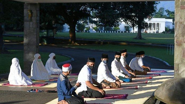 TATA CARA Sholat Idul Fitri di Rumah, Dilengkapi dengan Teks Materi Khutbah Singkat