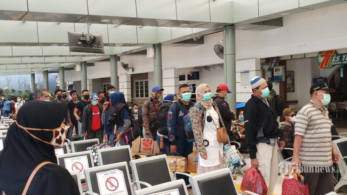 PT KAI Daop I Hanya Operasikan 7 Kereta Api Jarak Jauh Selama PSBB di Jakarta