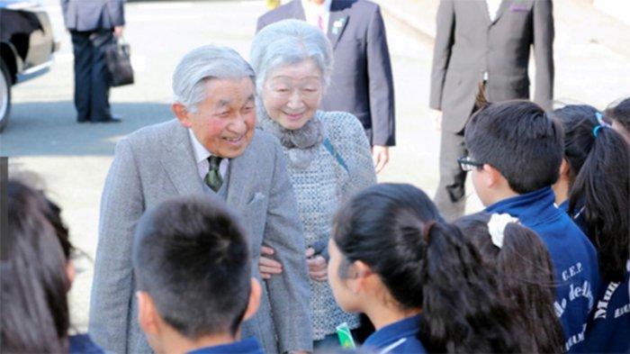 Kaisar dan Permaisuri Kepada Pelajar Asing: Susah Ya Belajar Bahasa Jepang