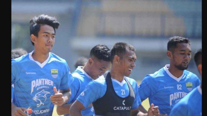Kakang Rudianto berlatih bersama skuad senior Persib Bandung