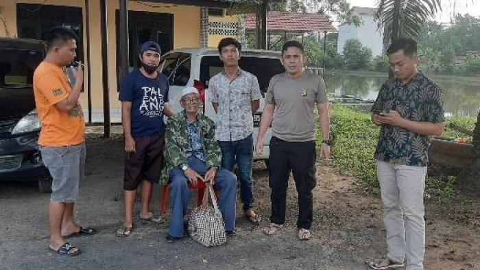 Kakek 98 Tahun Tersesat di PALI, Bawa Uang Rp 150 Juta dan Emas dalam Kantong Plastik