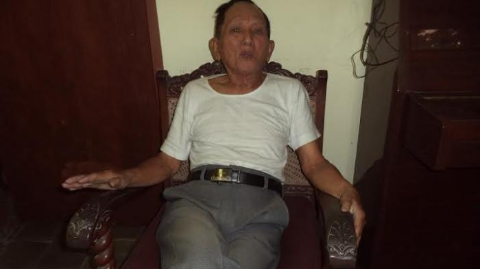 Pensiunan Dosen Ini Jadi Jamaah Calon Haji Tertua di Solo