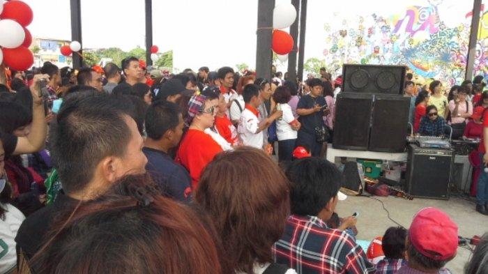 Warga Penuhi Peringatan Ultah Jokowi dan Ahok di RPTRA Kalijodo
