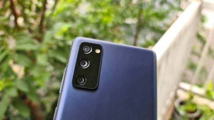 Kamera belakang Samsung S20 FE__19