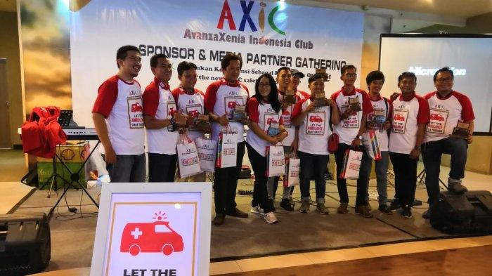 Komunitas AvanzaXenia Indonesia Club Gulirkan Kampanye 'Dahulukan Ambulans di Jalan Raya'