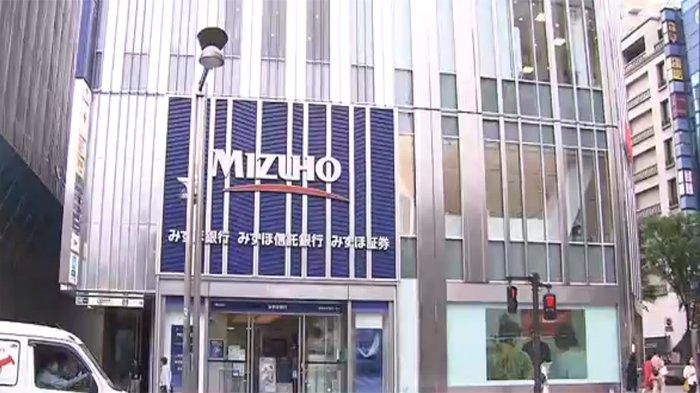 Kantor bank Mizuho di Shinjuku Tokyo