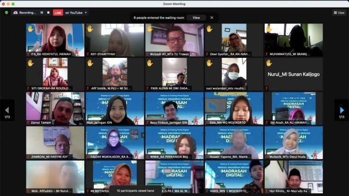 Kanwil Kemenag Jatim-Jaringan IDN Gelar Roadshow ke Madrasah untuk Edukasi Literasi Digital