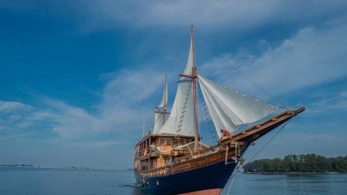 Pilihan Baru Menikmati Wisata Bahari Jakarta, Naik Kapal Augustine Phinisi