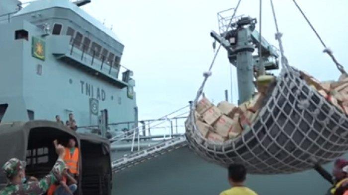 Kapal Pengangkut Bantuan Untuk Korban Banjir Kalsel Sudah Tiba di Banjarmasin, Ini Harapan KSAD